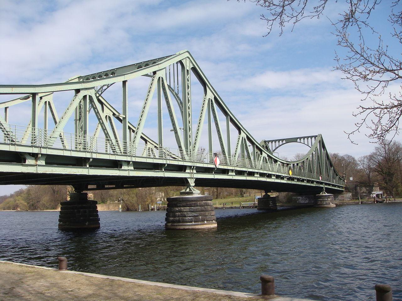 Глиникский мост между Берлином и Потсдамом