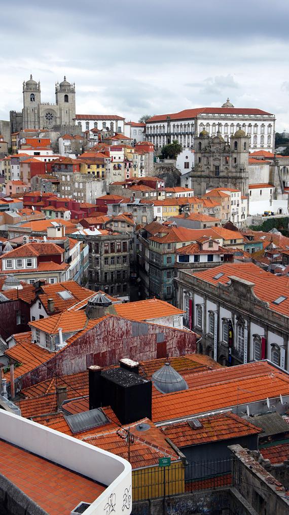 Вид на Порту, Португалия