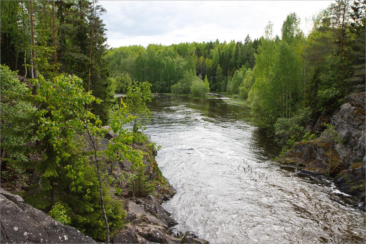 Водопад в природном заповеднике Кивач, Республика Карелия