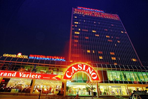 Венгрия отели с казино кто пробовал играть в интернет казино