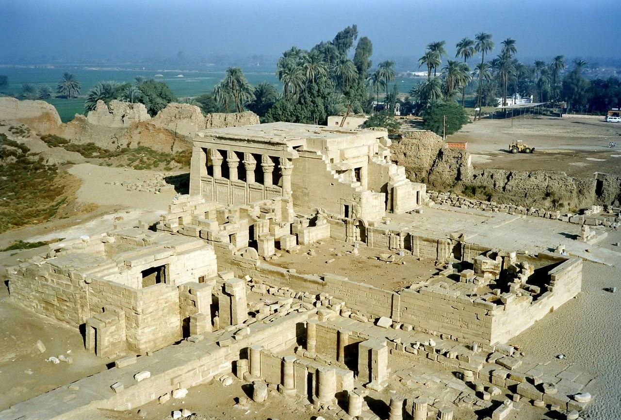 Храм Дендера