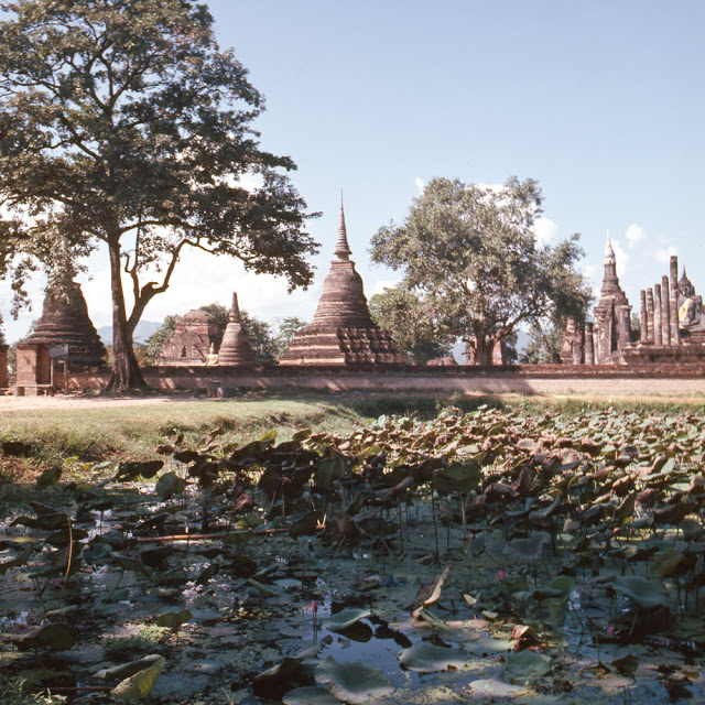 20 завораживающих фото, рассказывающих о жизни Таиланда в 70 M.jpg