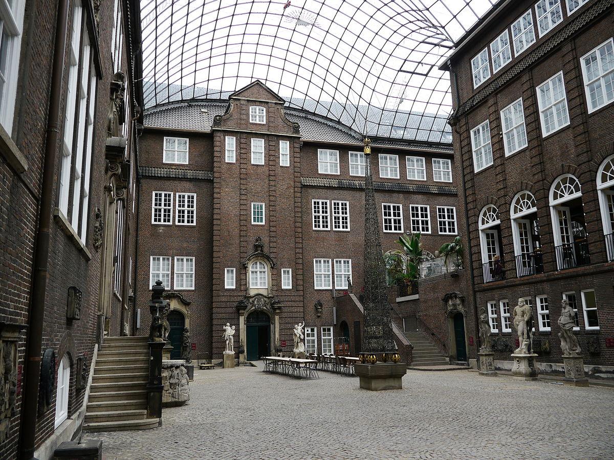 Двор Музея истории Гамбурга