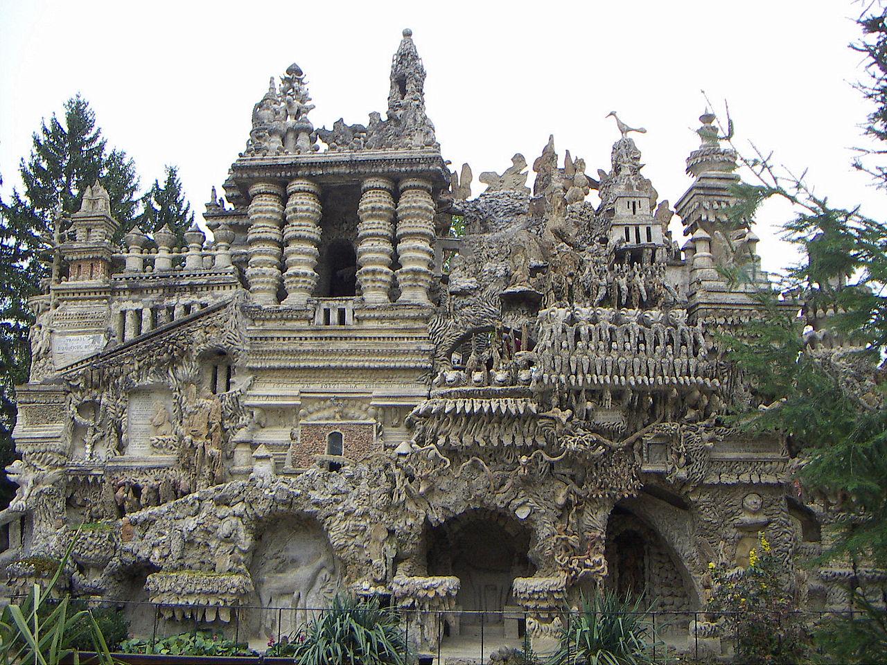 Идеальный замок Фердинанда Шеваля, Франция