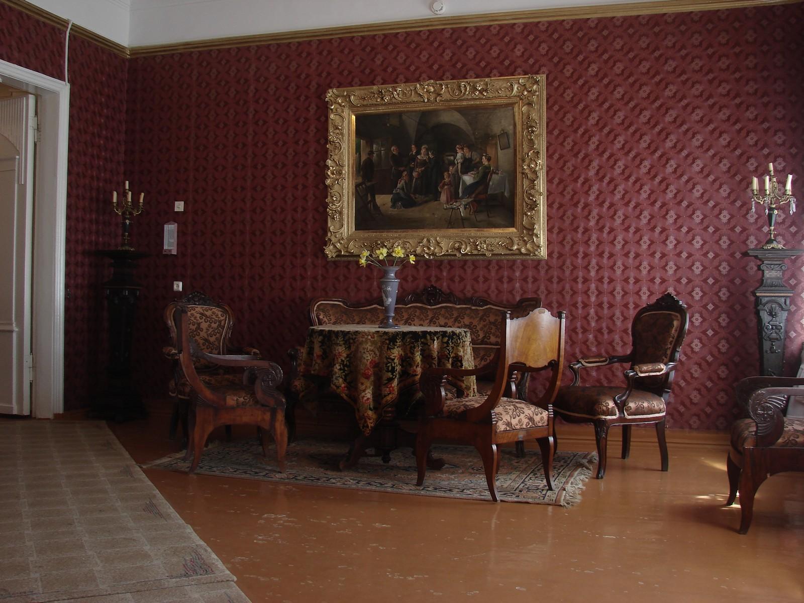 Дом-музей И. И. Шишкина, большая гостиная