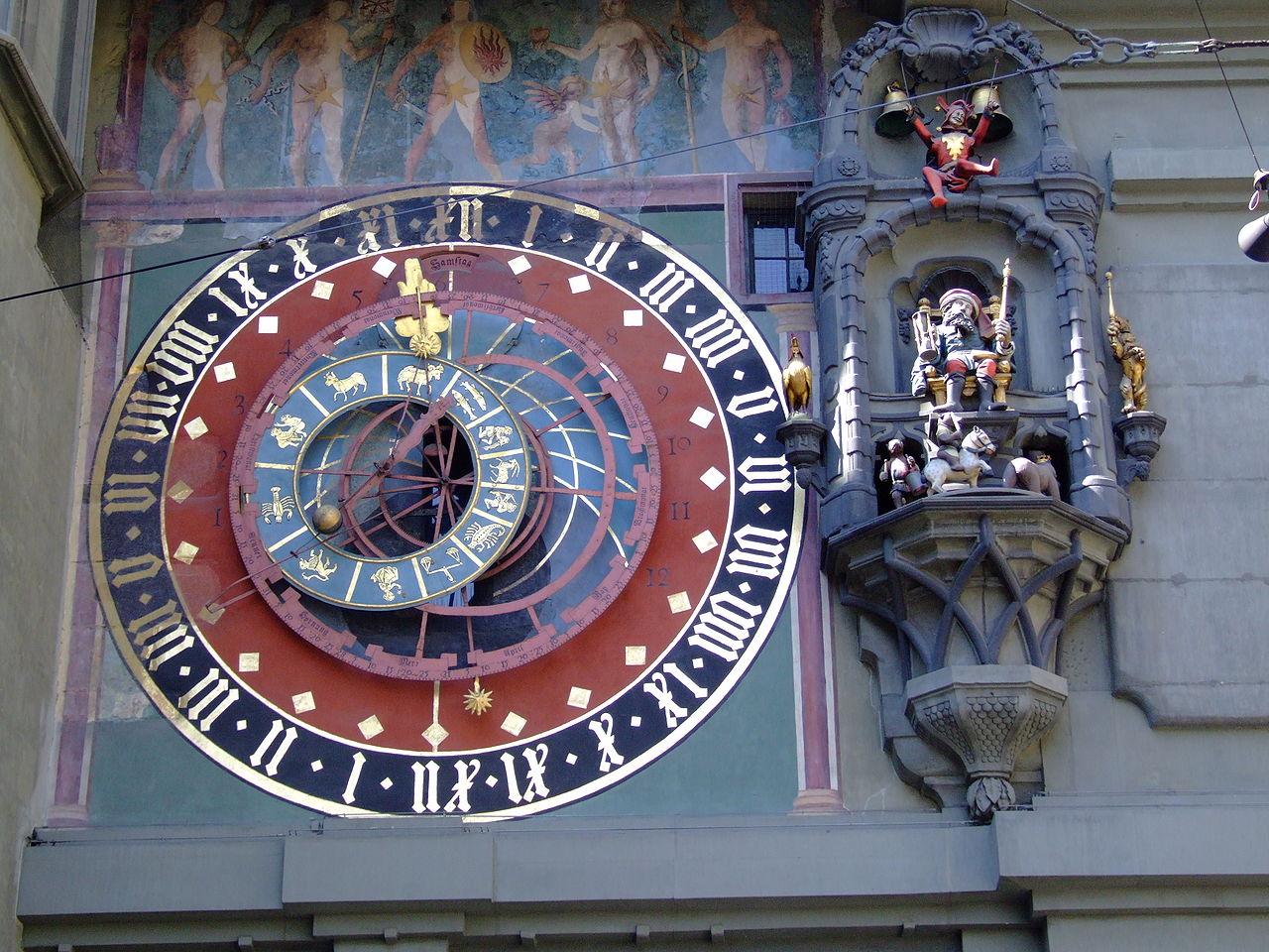 Часовая башня в Берне, астрономические часы с колоколами