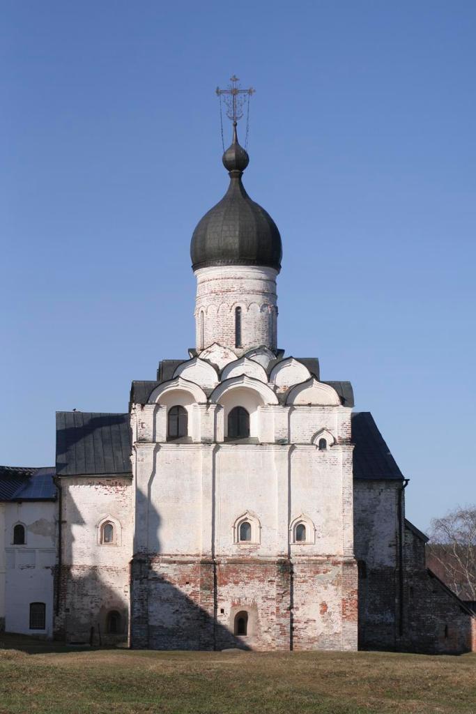Вид на Ферапонтов монастырь.JPG