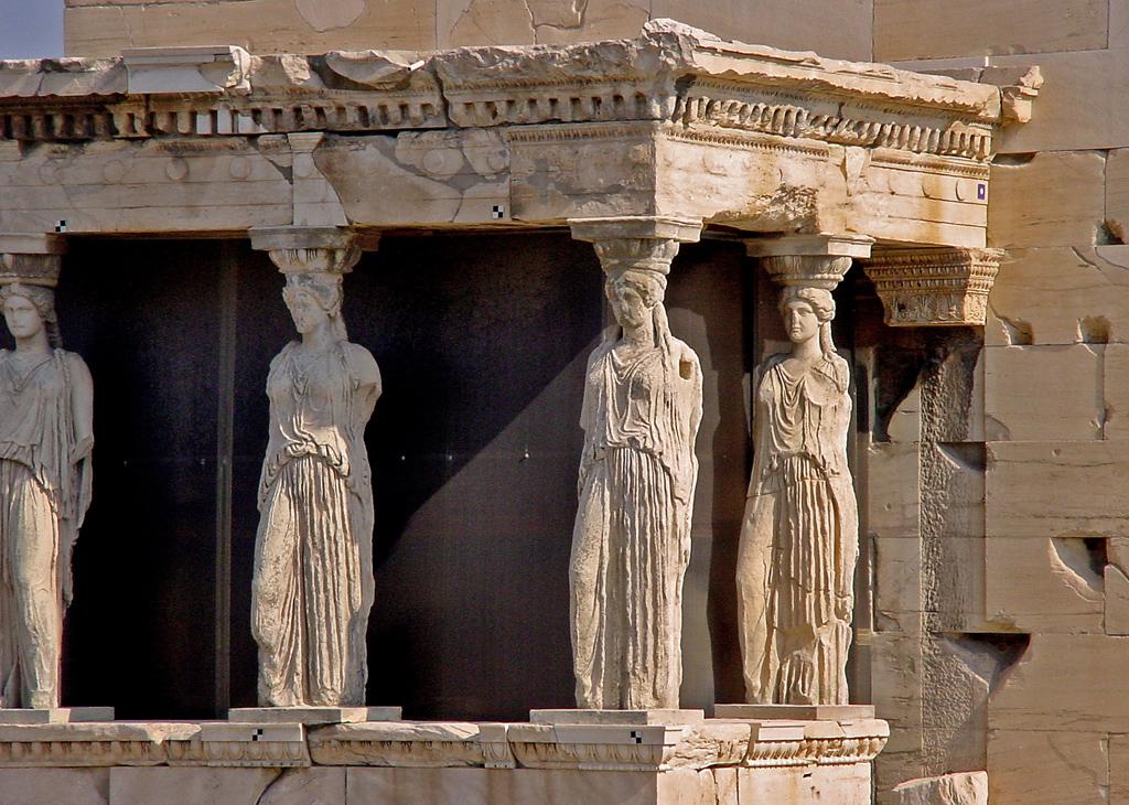 Портик кариатид на афинском Эрехтейоне, Греция