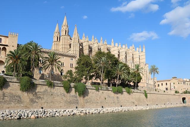 Mallorca-2732366 640.jpg