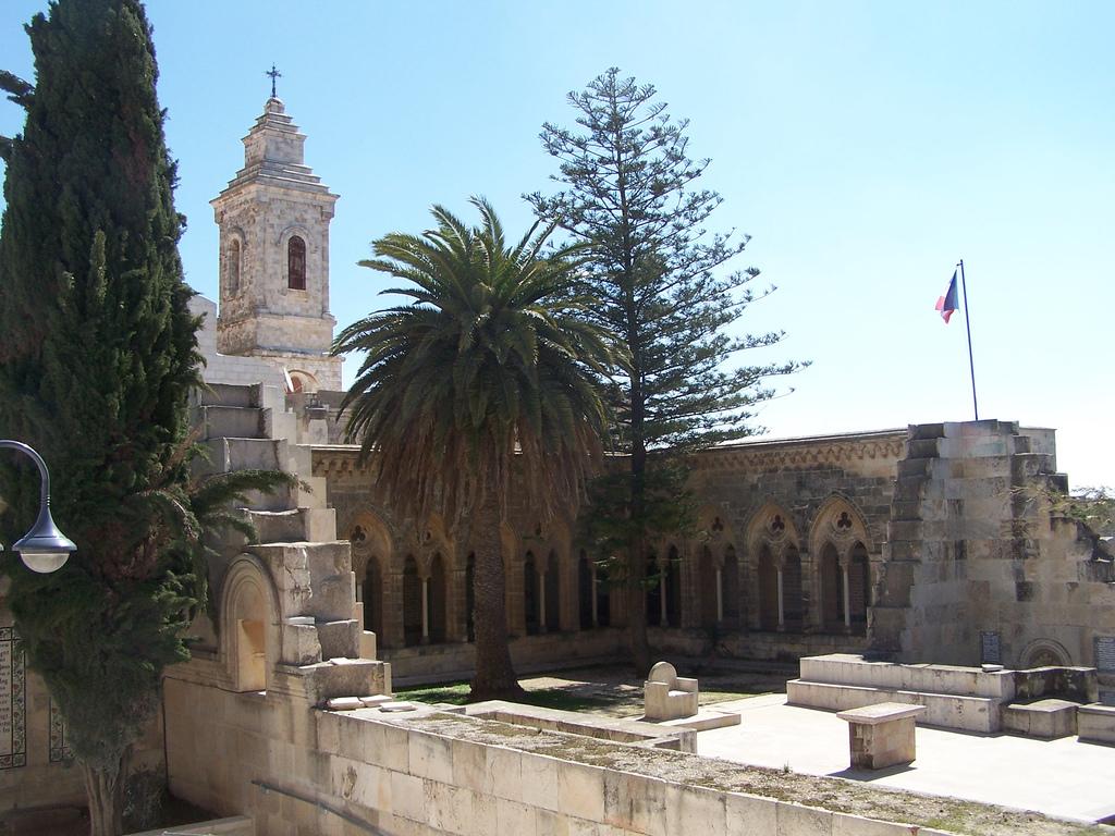 Католический монастырь Отче Наш в Иерусалиме