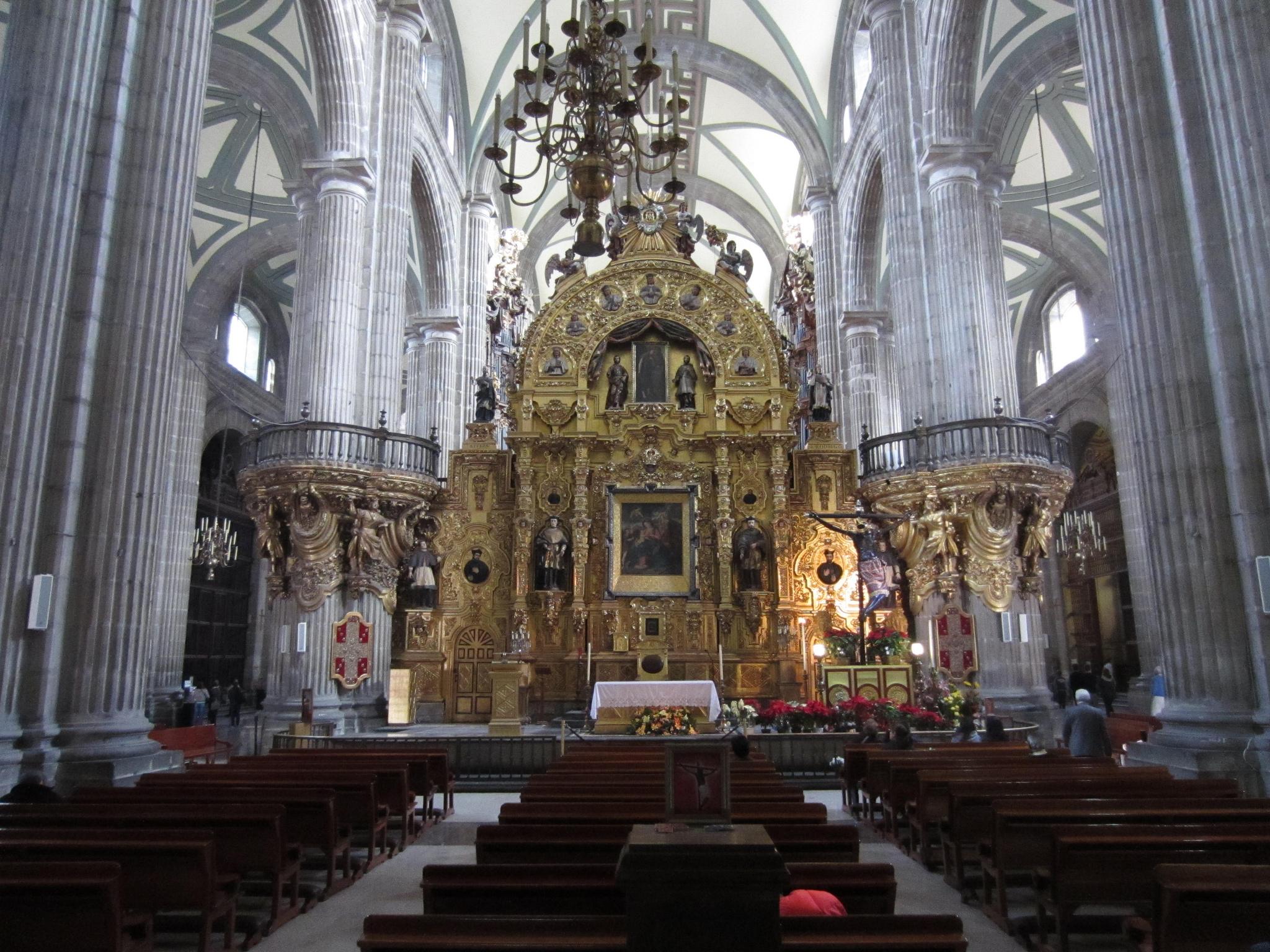 Кафедральный собор в Мехико, интерьер
