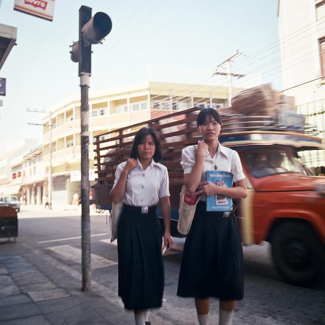 20 завораживающих фото, рассказывающих о жизни Таиланда в 70 S.jpg