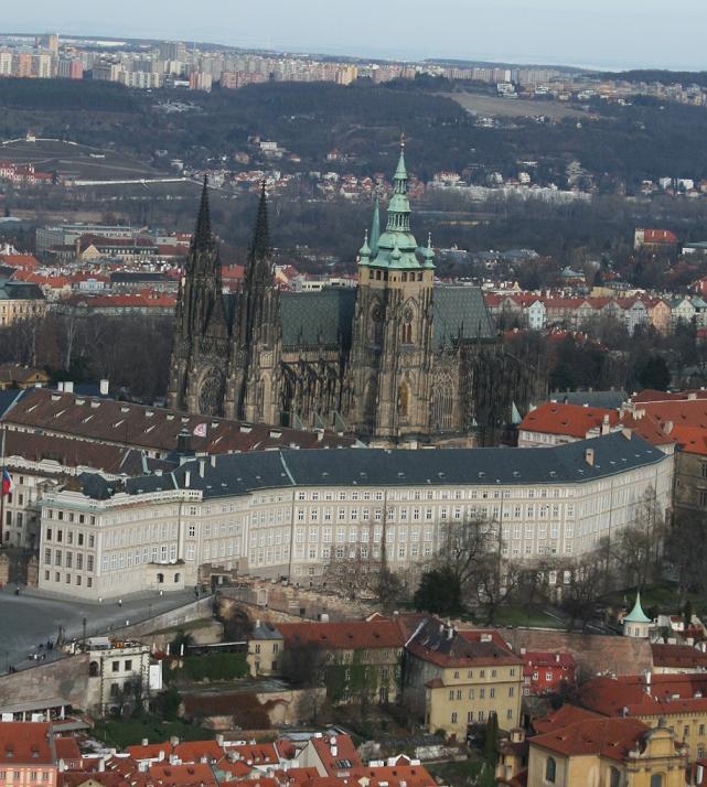 Вид на собор св. Витта, Прага.JPG