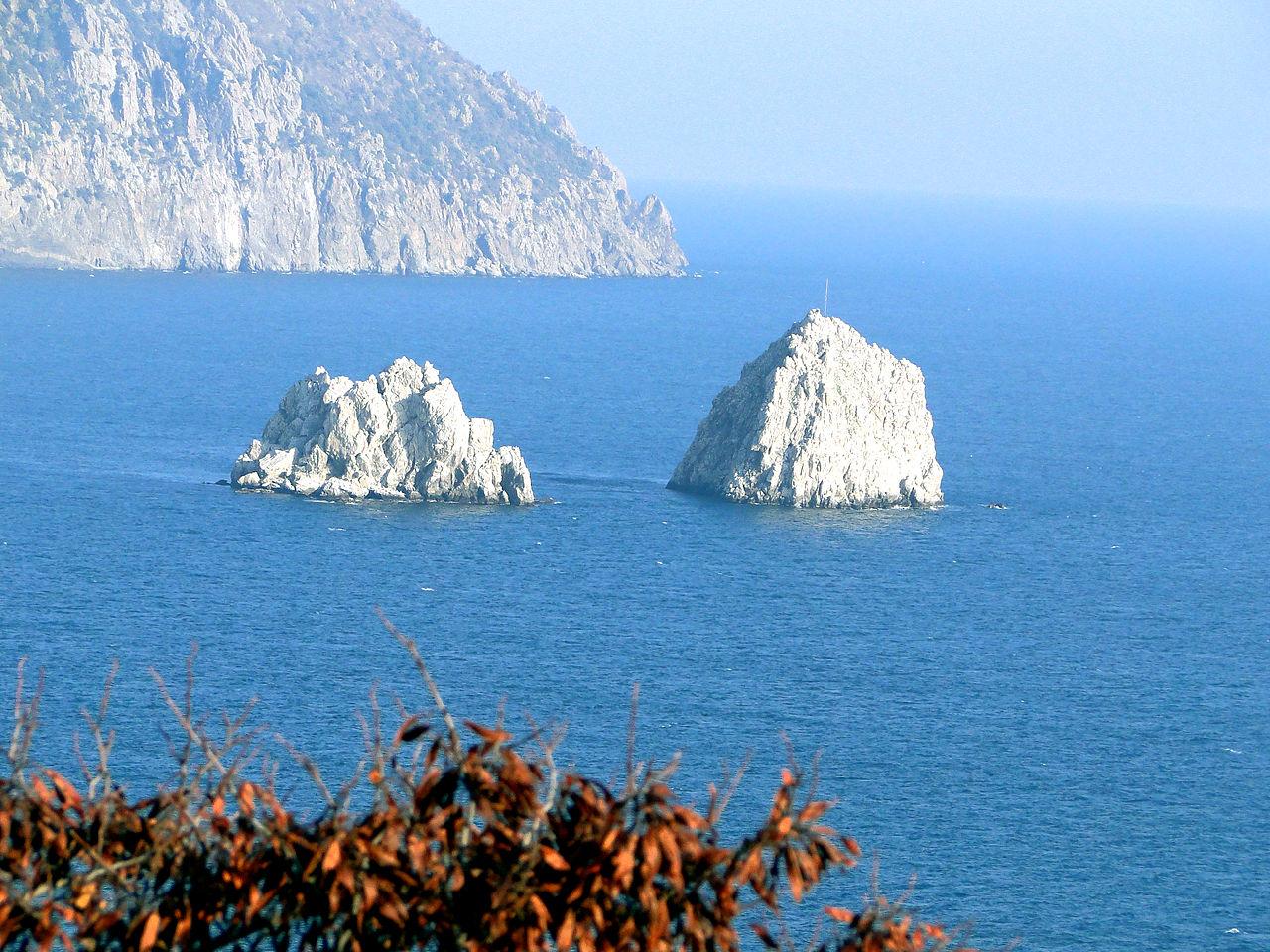 Скалы Адалары, Крым