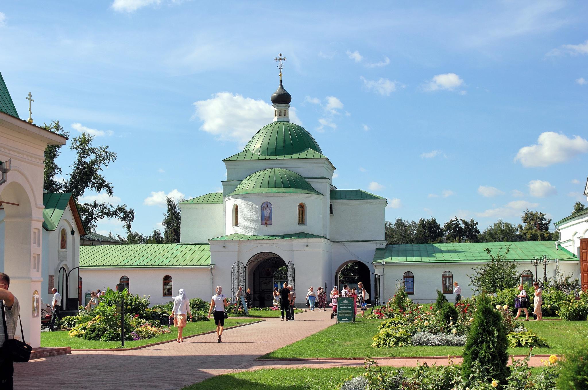 Территория Муромского Спасо-Преображенского монастыря