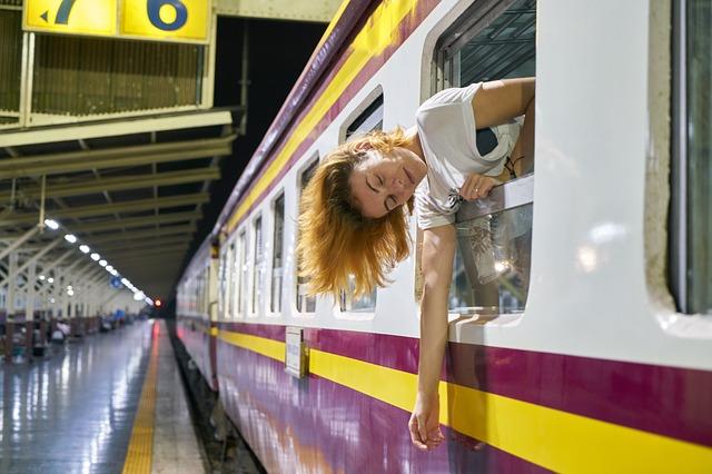 Train-3726197 640.jpg