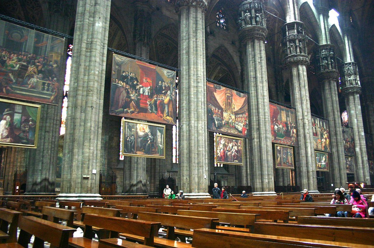 Миланский собор, интерьер