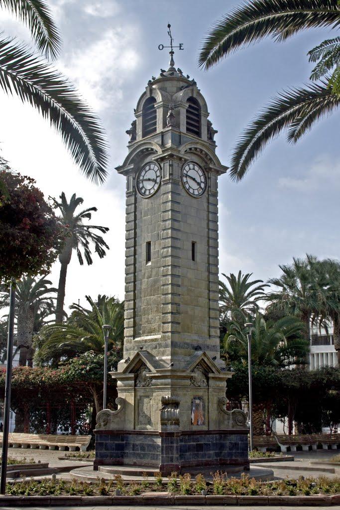 Часовая башня Антофагаста.jpg