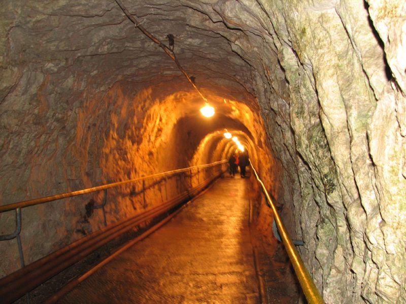 Дорога в Новоафонской пещере, Новый Афон