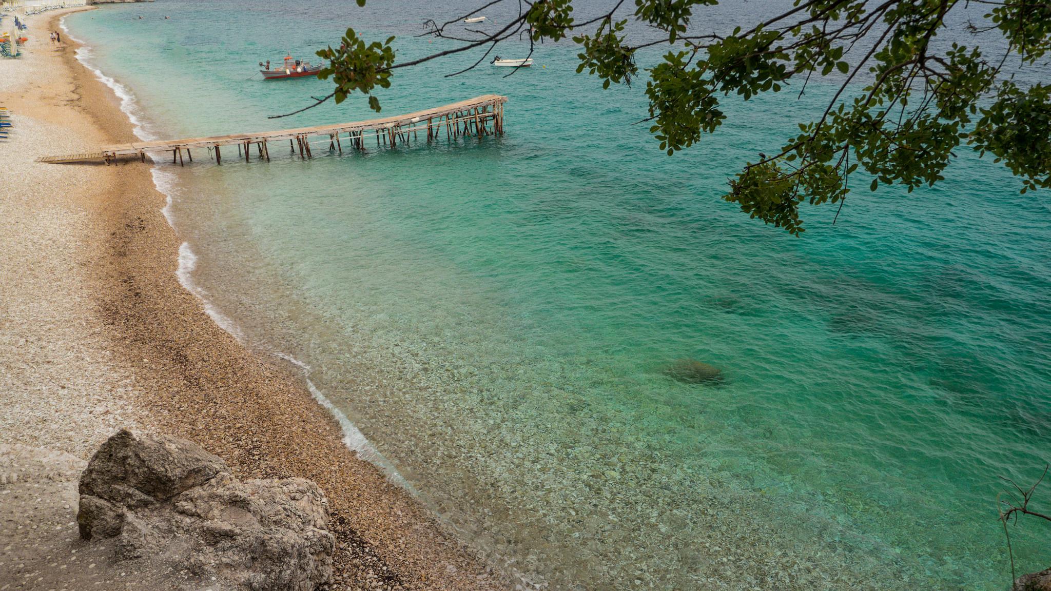 Пляж Ниссаки, Корфу