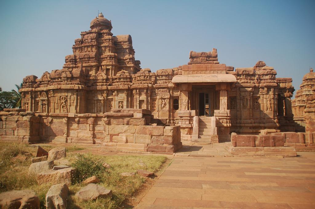 Храм в Айхоле, Карнатака