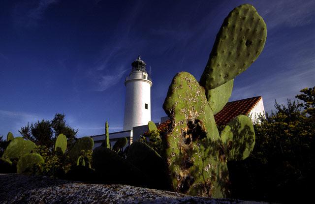 Вид на маяк La Mola в Форментере.jpg