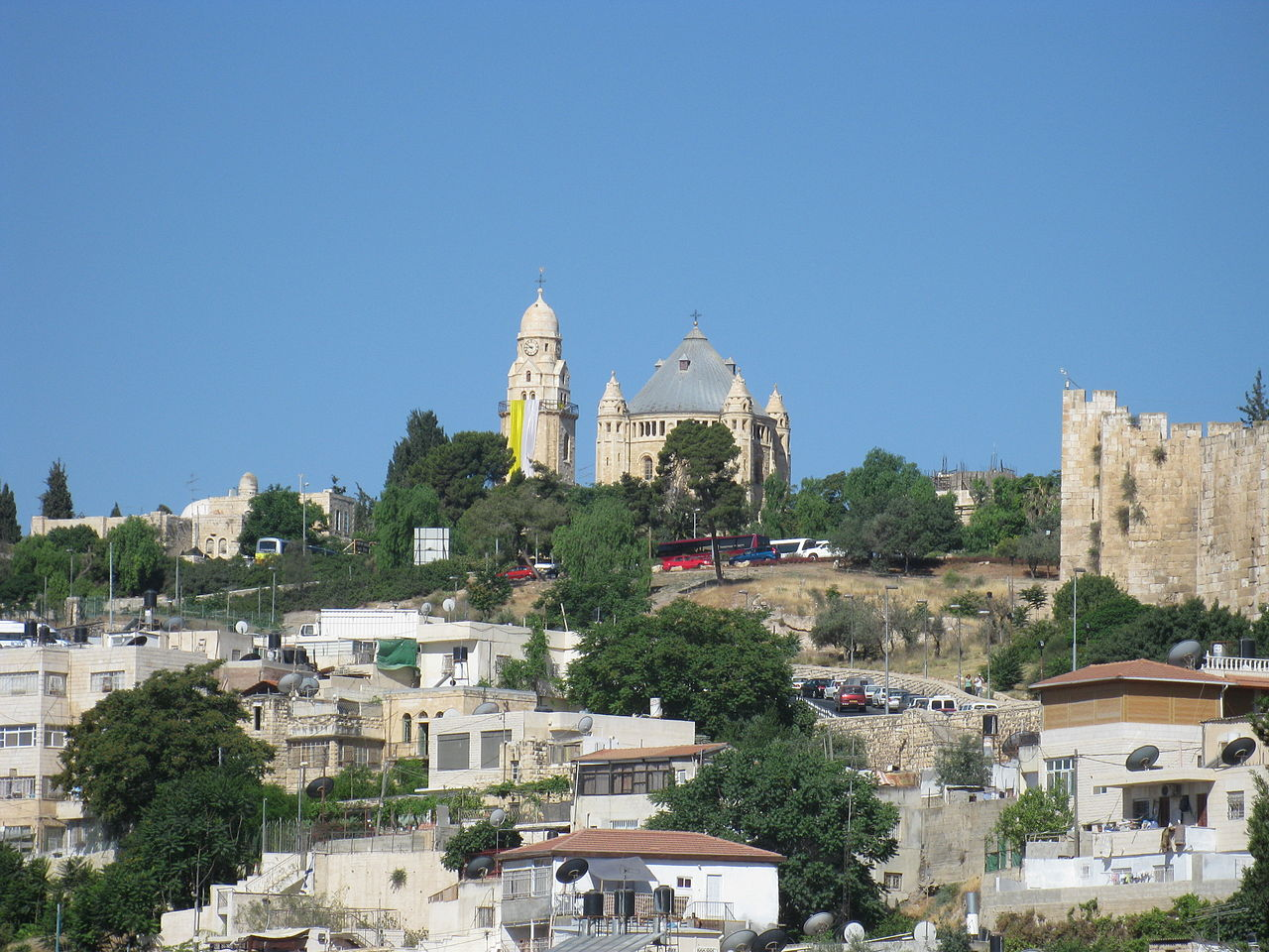 Гора Сион, вид из города Давида