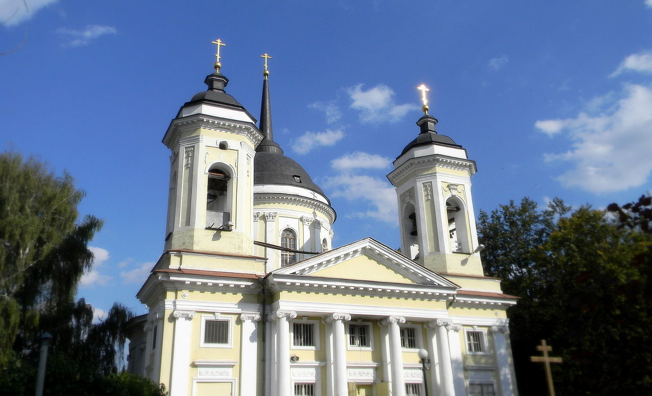 Усадьба Пехра-Яковлевское, храм Преображения Господня