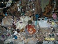 Различные формы и цвета камней поражают своей красотой