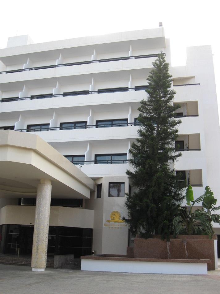 Вход в здание отеля