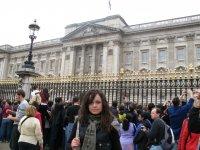 Возле Букингемского дворца
