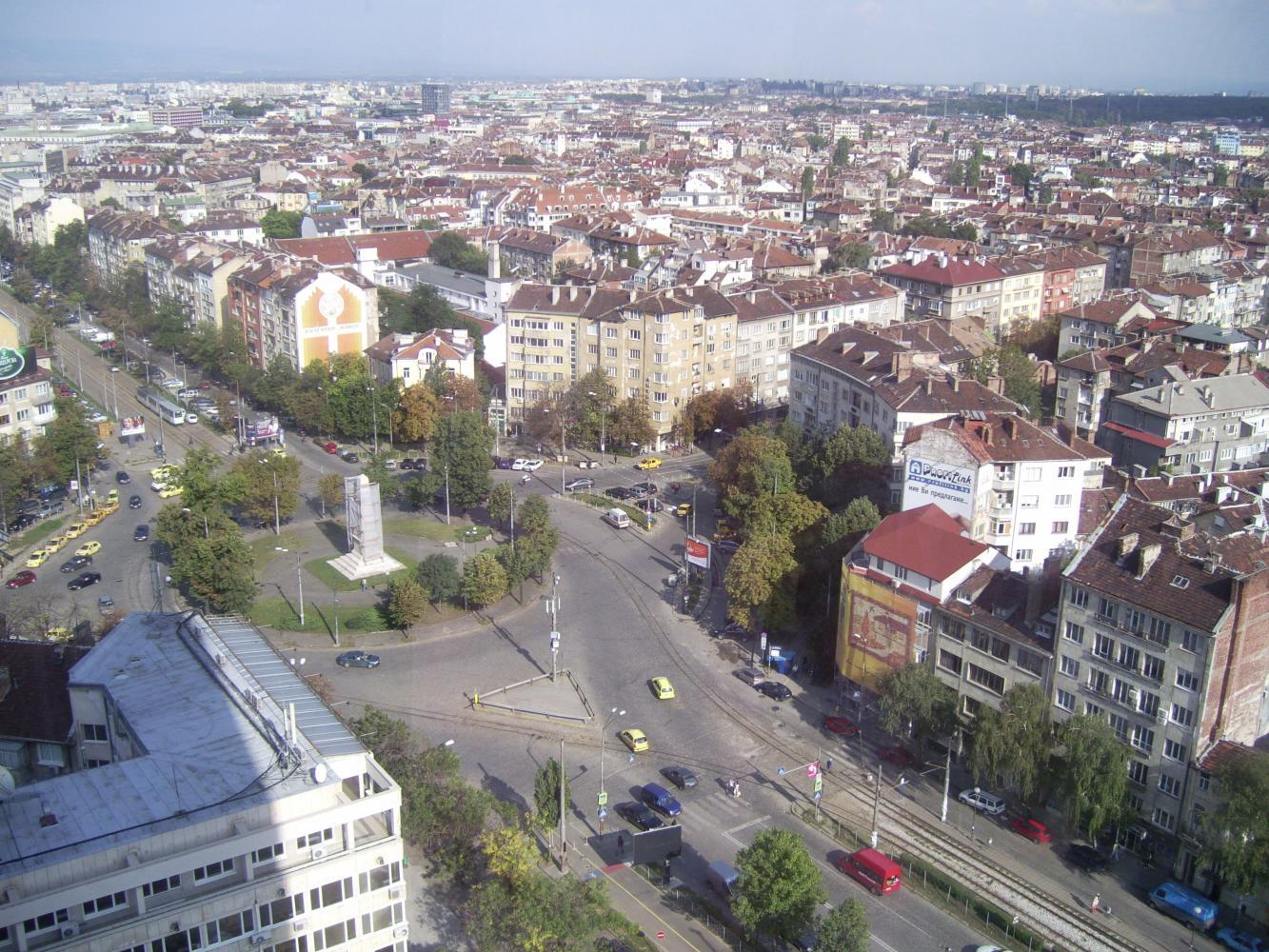 Вид из окна на город в номере отеля Принцесс