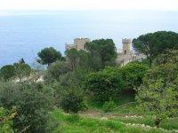 В городе много красивых замков