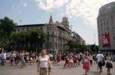 Вид на готическое здание около площади Каталонии