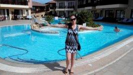 я у одного из бассейнов