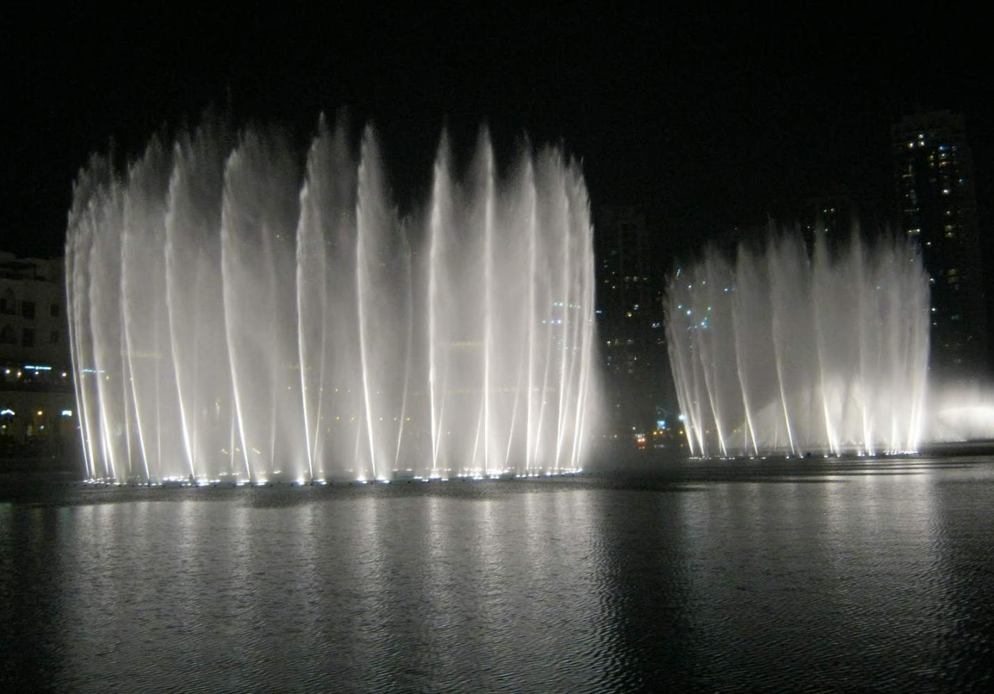 фонтан в Дубае видео под музыку