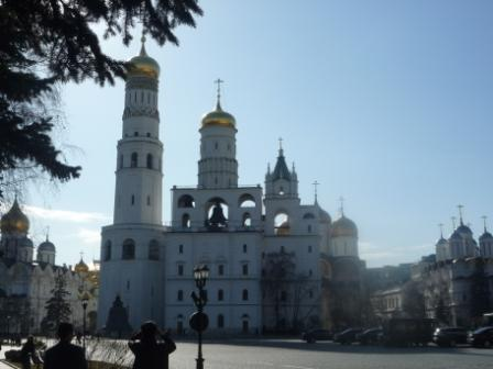 Вид на колокольню Ивана Великого с Ивановской площади