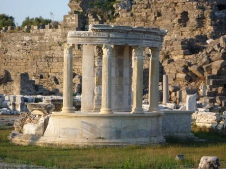 Храм Тюхе