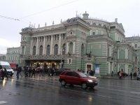 Театральная площадь, здание Мариинки