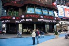 Туристы на Таймс Сквер