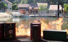 Голливудские трюки: взрыв цистерны с топливом