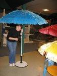 Зонтики для сада в магазине цветов
