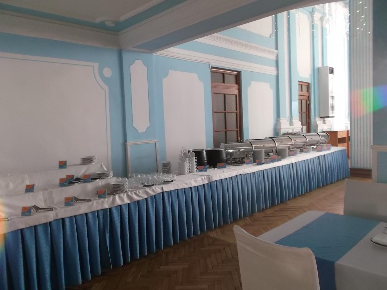 ресторан отеля, шведский стол