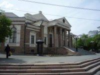 Молодежный театр, бывший до революции Народным домом