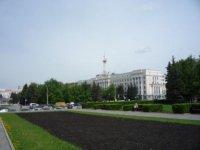 Вид на площадь от драматического театра имени Наума Орлова.