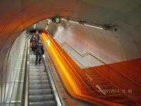 Последний эскалатор перед выходом на платформу