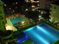 ночной басейн