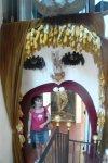 Оформление входа в очередной зал музея