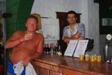 бармен Мехмет и я. Пиво все - мне!