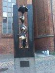 В Риге тоже есть памятник Бреминским музыкантам